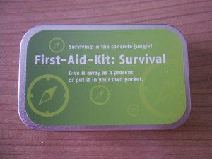 First-Aid-Kit-Survival Probenqueen