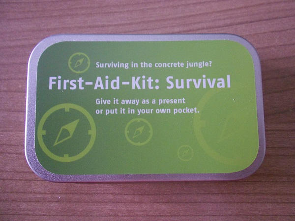First-Aid-Kit: Survival Dose Probenqueen