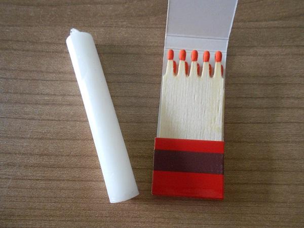 First-Aid-Kit: Survival Kerze-und-Streichhölzer Probenqueen