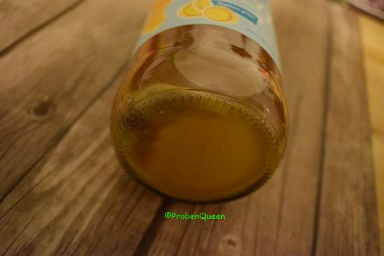 Inge wohnt bei mir - Flaschenboden mit Trübung - Probenqueen