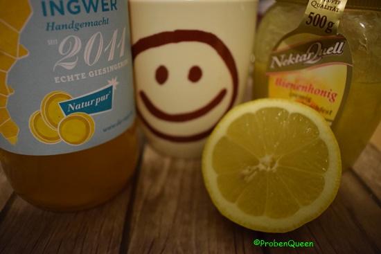Inge wohnt bei mir Flasche Tasse Honig Zitrone - Probenqueen