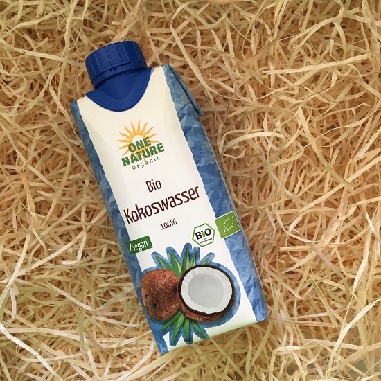 Brandnooz Box Mai 2017 One Nature Bio Kokoswasser Probenqueen